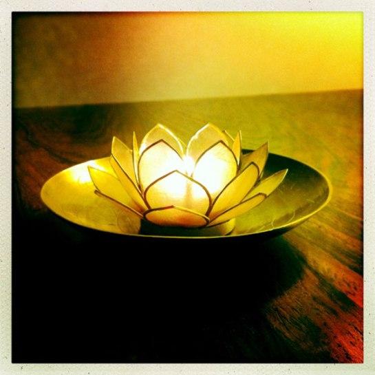 lotus ljuslykta